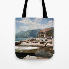 KT11-33 Tote Bag
