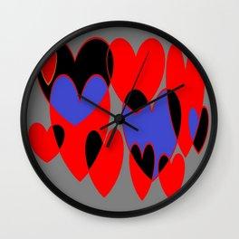 Corazones Wall Clock