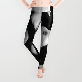 Calla Lily in Black and White Leggings