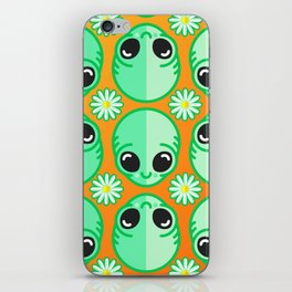Happy Alien and Daisy Nineties Grunge Pattern iPhone Skin