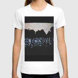 Free Vertical Composition #527 T-shirt