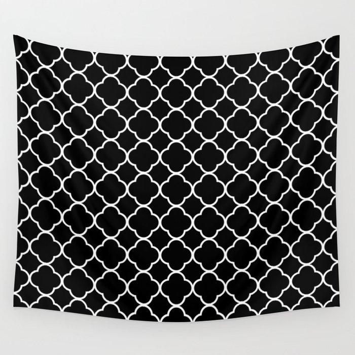 Clover Quatrefoil Pattern: Black & White Wall Tapestry