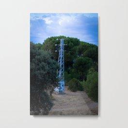 Hierro azul en el país verde. Metal Print