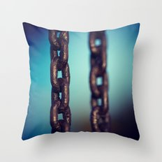 CHAIN3 Throw Pillow