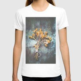 Bunch Of Daffodils T-shirt