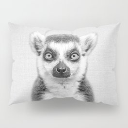Lemur 2 - Black & White Pillow Sham