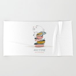 cat love food Beach Towel