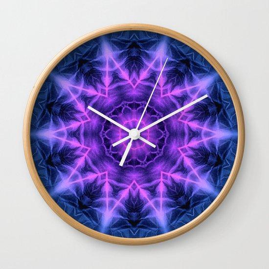 Glow Star Wall Clock