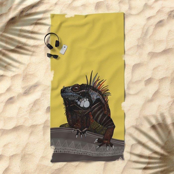 iguana gold Beach Towel
