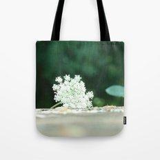 Queen Anne's Lace w/ bokeh Tote Bag