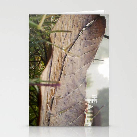 Dew drops on a fallen leaf Stationery Cards