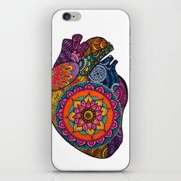 corazón mandala iPhone Skin