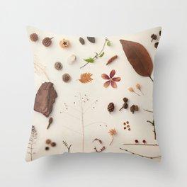 Botanic Party 02 Throw Pillow