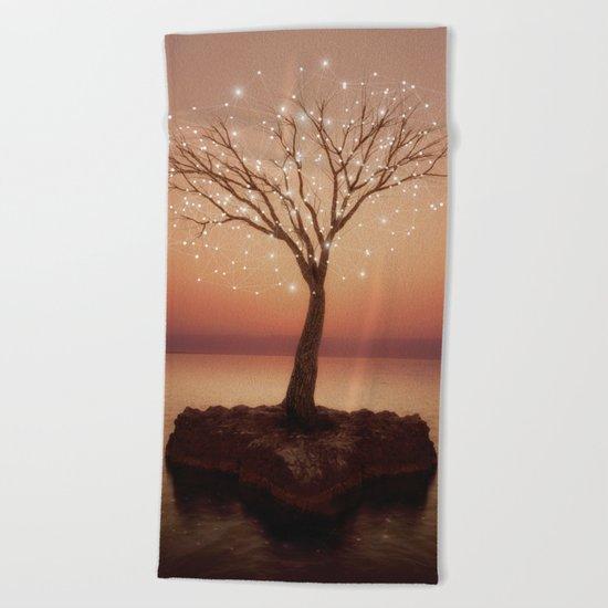 The Strong Grows In Solitude (Tree of Solitude) Beach Towel