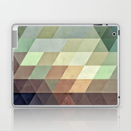 fyrryst fayl Laptop & iPad Skin