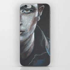 Robert Pattinson as Edward Cullen iPhone & iPod Skin