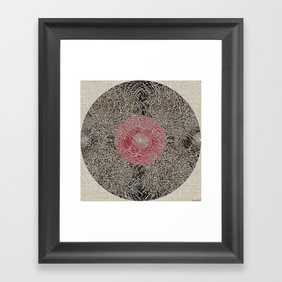 - En Ligne de Mire (Japanese Baby) - Framed Art Print