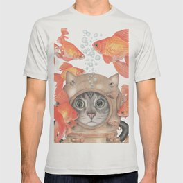 Scuba Cat Among the Fishes T-shirt