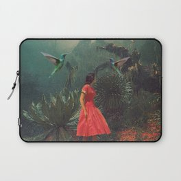 20 Seconds before the Rain Laptop Sleeve