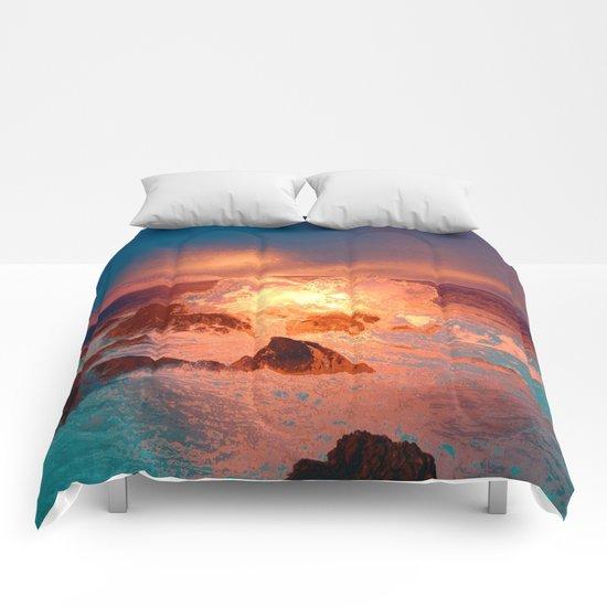 fantastic waves Comforters