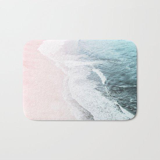 Vintage Faded ocean waves Bath Mat