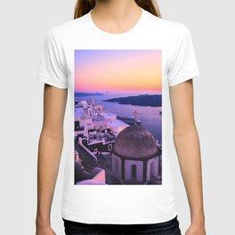 Gorgeous sunset in Santorini T-shirt