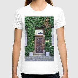 The door_17 T-shirt