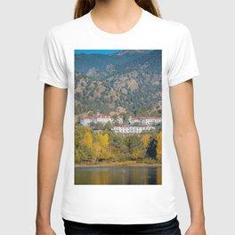 Beginning of Autumn Stanley Hotel Estes Park Rocky Mountains Colorado T-shirt