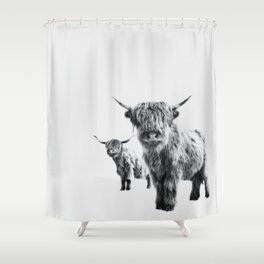 HIGHLAND COW - LULU & SARA Shower Curtain
