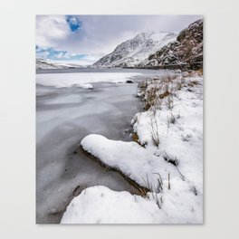 Snowfall at Ogwen Lake Snowdonia Canvas Print