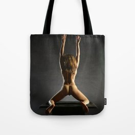 5314s-NLJ Beautiful Black Woman Kneeling Nude Strong Back Arms Up Rear View Behind Tote Bag