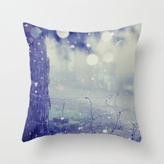 like distant dreams Throw Pillow