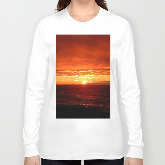 Sun Sets on the Mighty Saint-Lawrence Long Sleeve T-shirt