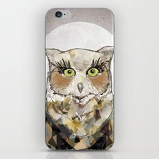The Great Horned Owl iPhone & iPod Skin