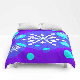 A Winter Snowy Design with Pretty Snowflakes Comforters