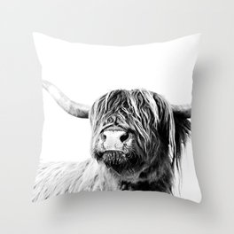 HIGHLAND CATTLE FRIDA Throw Pillow