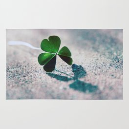 Green Clover Shadow Rug