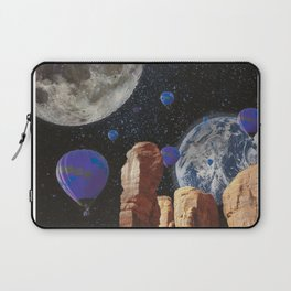 The slow trip in the universe Laptop Sleeve