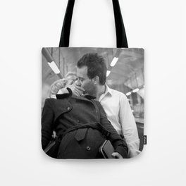 Love on the underground, London Tote Bag