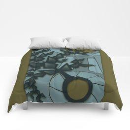 Relativity Clock Comforters