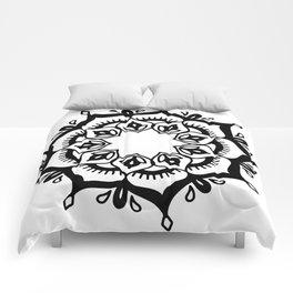Mandala: hand-drawn Comforters