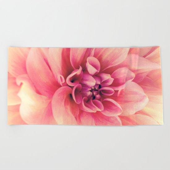 Her Smile (Spring Blooming Rose Pink Dahlia) Beach Towel