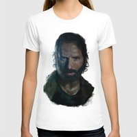 rick grimes T-shirts featuring The Walking Dead - Rick Grimes by firatbilal