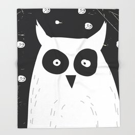 The Owl Throw Blanket