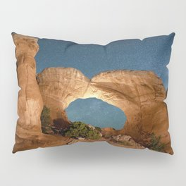 Brobroken Arch Night Sky Pillow Sham