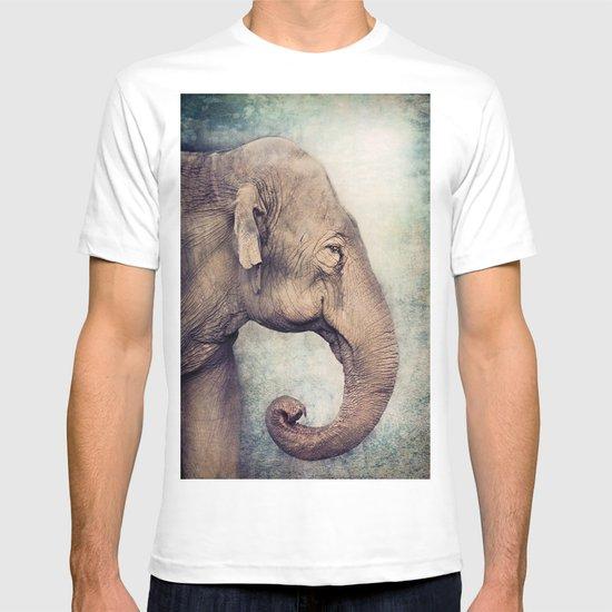 The smiling Elephant T-shirt
