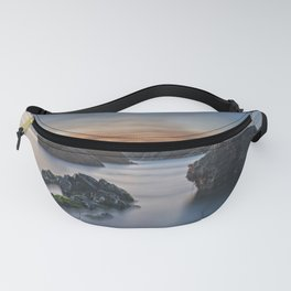 Peaceful sunset by the sea Fanny Pack