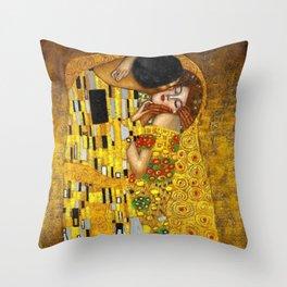 The Kiss Painting Gustav Klimt Throw Pillow