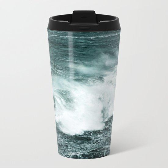 Wild waves crashing Metal Travel Mug