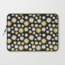 Watecolor Daisies Pattern | Black Laptop Sleeve